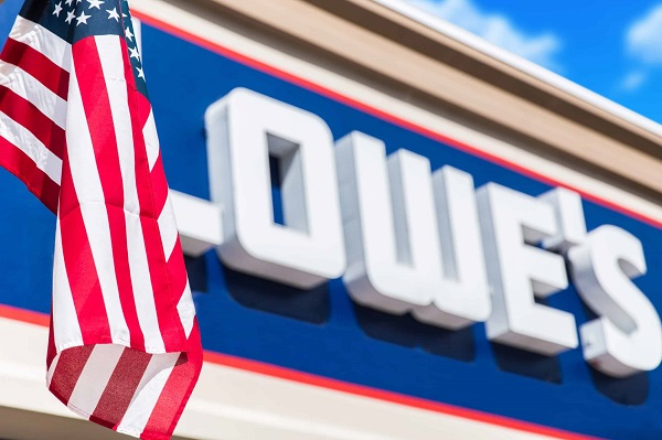 Lowe's Invites DIYers to Join Together in Thanking Frontline Heroes